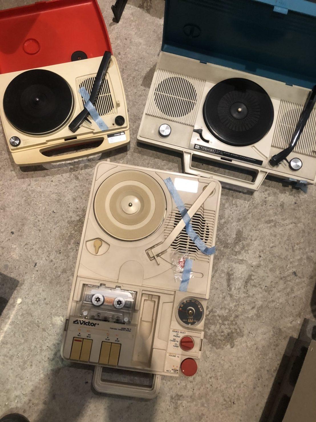 ドクとマーティ2 ポータブルレコードプレーヤー修理